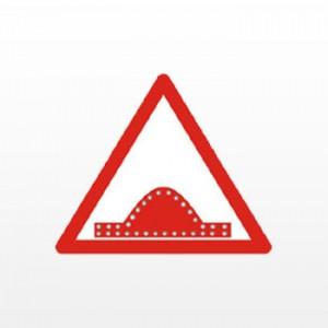 Warning-Speed-Breaker